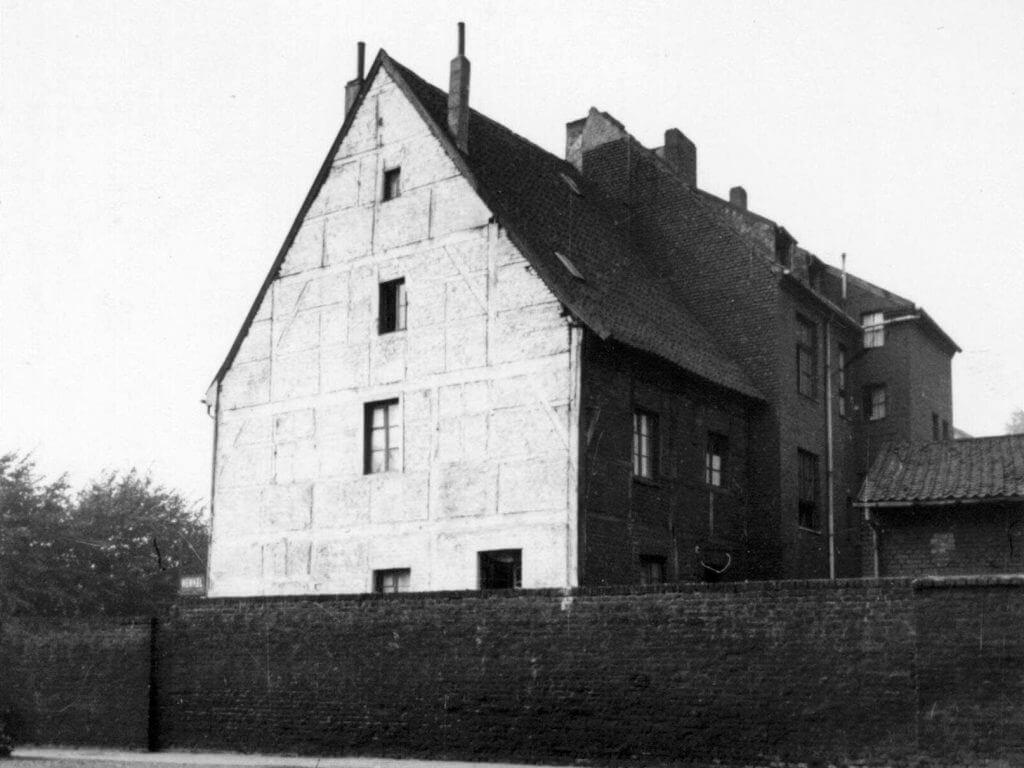 Ostseite der Rheinbabenstr. 88 im Jahre 1938 (Quelle: Der Oberbürgermeister, Stadtarchiv Krefeld)