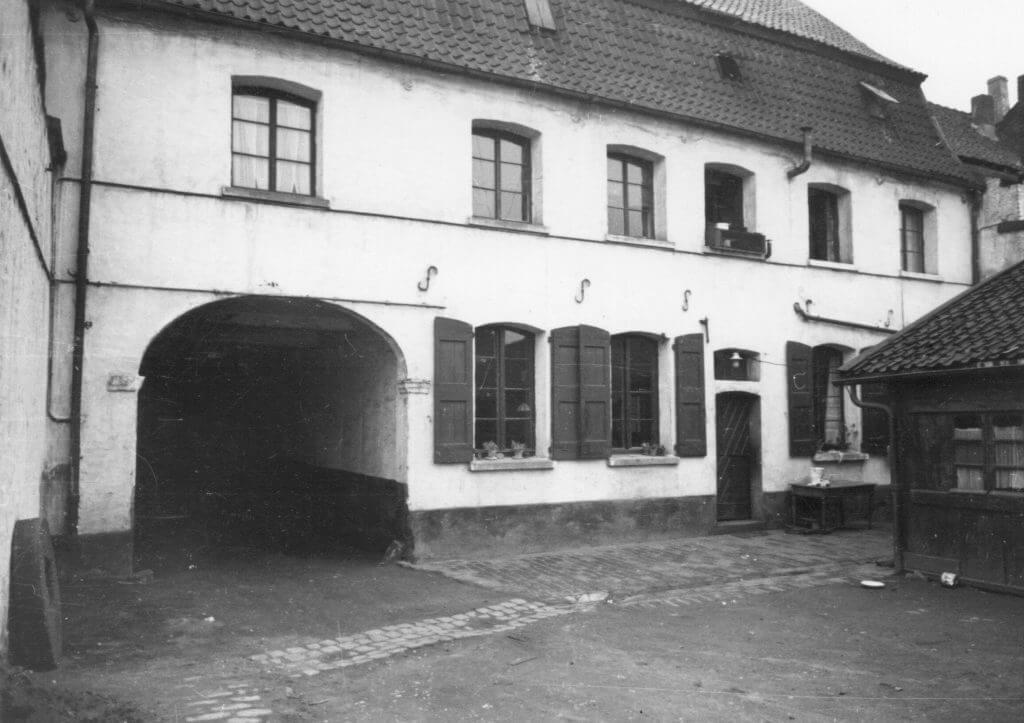 Simon Hof Rückseite im Jahre 1938 (Quelle: Der Oberbürgermeister, Stadtarchiv Krefeld)