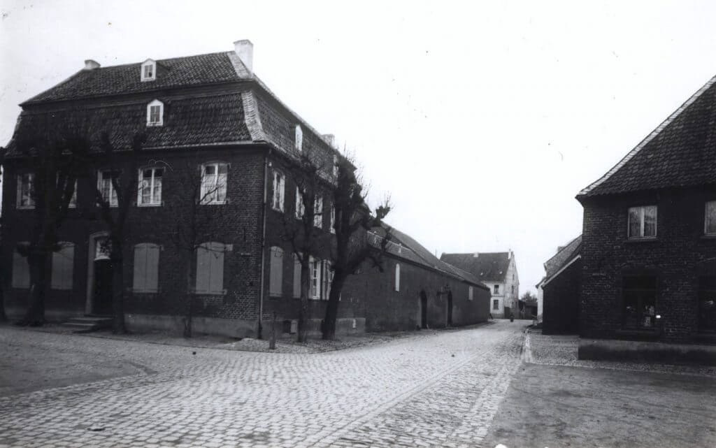 Winkmannshof ca. 1900 (Quelle: Der Oberbürgermeister, Stadtarchiv Krefeld)