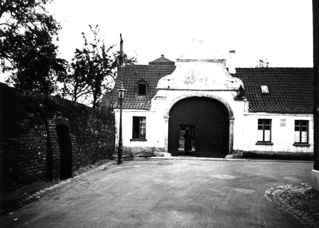 Issumer Turm im Jahre 1939 (Quelle: Der Oberbürgermeister, Stadtarchiv Krefeld)