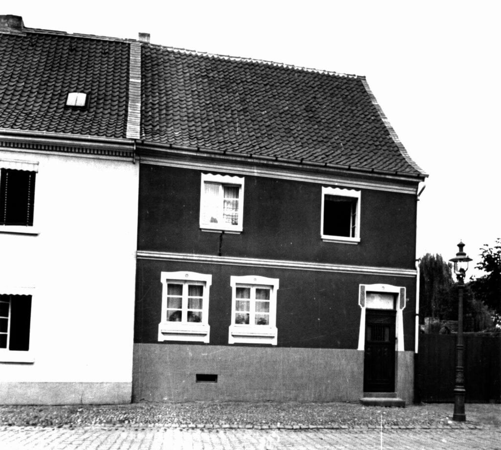 Albert-Steeger-Str. 21 im Jahre 1939 (Quelle: Der Oberbürgermeister, Stadtarchiv Krefeld)