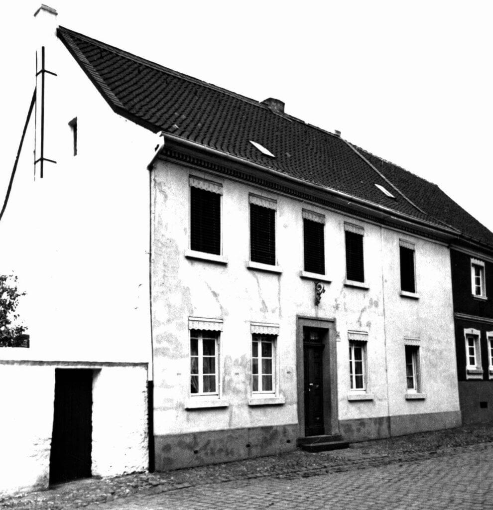 Albert-Steeger-Str. 25 im Jahre 1939 (Quelle: Der Oberbürgermeister, Stadtarchiv Krefeld)