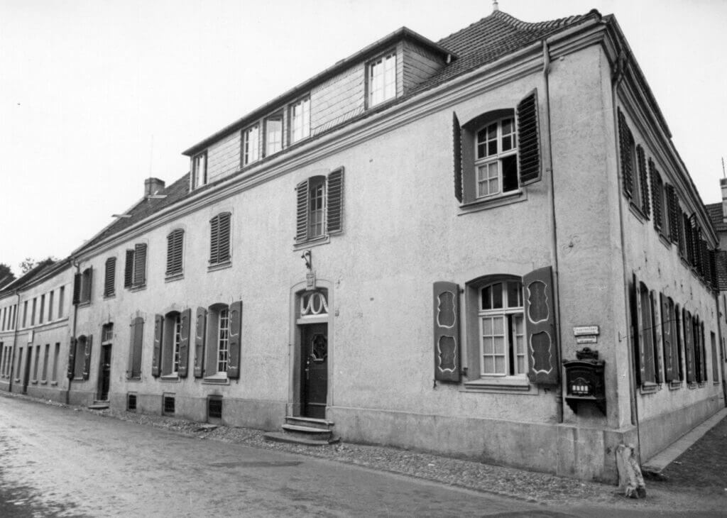 Textilmuseum (Ostseite) im Jahre 1939 (Quelle: Der Oberbürgermeister, Stadtarchiv Krefeld)